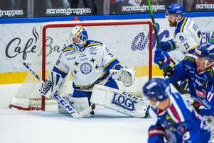 Janne Juvonen har drygt 94 i räddningsprocent på sina åtta senaste matcher. Foto: Bildbyrån