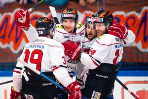 Tom Wandell, till höger i bild, är redo för spel. Bild: Jonas Ljungdahl/Bildbyrån
