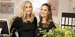 Sofie och Anna Erenlöf firar att de haft sin inredningsbutik i tre år.