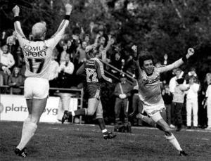 Per Olsson nätar i allsvenska kvalet mot Kalmar 1982.