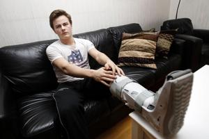 Tommy Stenqvist efter att han opererat foten i december 2011 på grund av en gaffelsprängning.