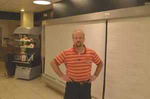 – Jag kommer att sakna alla kunder och mina arbetskamrater, säger Peter Berg på Hemköp i Sundsvall.