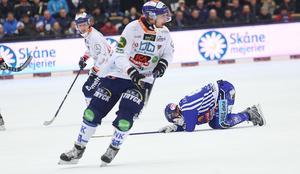 Patrik Nilsson och Bollnäs lämnade en slagen Daniel Andersson och Villa bakom sig.