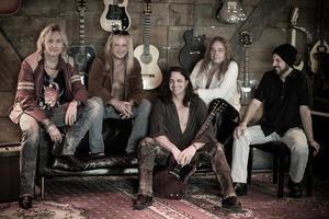 Kvartetten Killer Bee består av basisten Anders