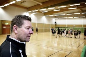 Pär Hedström, ledare i Ludvika Badmintonklubb säger att det inte är bara i Ludvika som sporten har fått ett riktigt lyft, vad han har hört så har flera klubbar i Dalarna fått fler aktiva.
