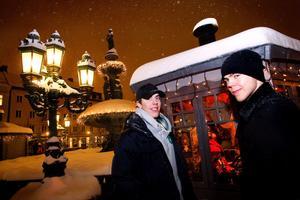 En jul på andra sidan Atlanten väntar Sebastian Erixon och Magnus Pääjärvi-Svensson. I morgon sätter sig Timrå IK-spelarna på planet till Kanada där spel i junior-VM väntar.