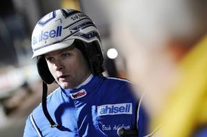 Erik Adielsson vill inte åka hem tomhänt från V75-omgången på Bollnäs.