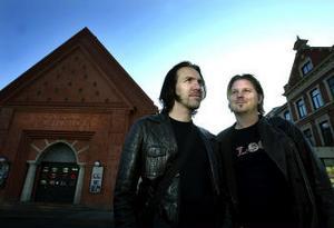 Jens Persson och Peter Nordlinder är på gång med filmfestival igen. 29 november till 4 december visar duon ett trettiotal filmer.