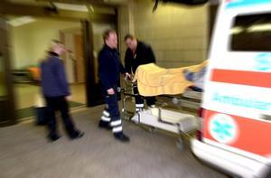 Golden hour är ett begrepp inom akutsjukvården som säger att snabba åtgärder och operationer minskar dödstalen efter en olycka. Överlevnadschansen minskar med tio procent för var tionde minuts fördröjning för de kritiskt skadade.