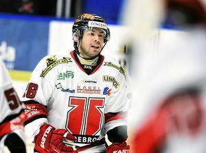 Greg Squires i Örebrotröjan.