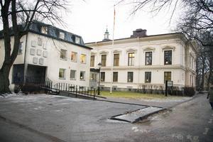 Samtalsakuten på Kyrkans hus i Gävle ska nu börja kosta pengar.