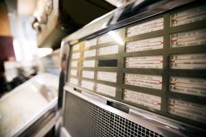 Jukeboxen har sin givna plats i 50-talsutställningen.