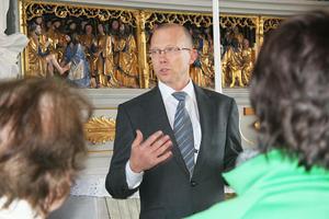Det flamländska altarskåpet från 1503 drar alltid besökarnas uppmärksamhet, berättar Leif Sköld.