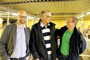 Håkan Bergström, Sandviken Energi, (i mitten) och Per Sundström och Magnus Flodman, Gästrike Återvinnare, är nöjda med lösningen för avloppsslammet.