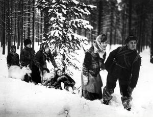 """Ur filmen """"Barnen från Frostmofjället""""."""