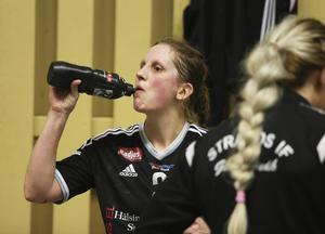 Anna Jakobsson efter den svettiga första kvalfajten.