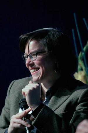 Lena Andersson är landets hetaste författare, för ÖP avslöjar hon sina mat- och klädvanor.
