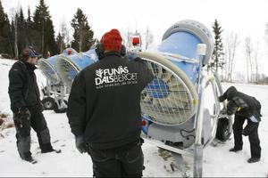 Snökanontillverkaren Lenko Snow AB har blivit uppköpt. På torsdag ska nyheten presenteras. Efter finanskrisens intåg 2008 har Lenkos omsättning halverats.          Arkivbild: Håkan Persson