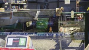 Polisen arbetar vidare med rånet mot Coop Konsum den sjunde decembergjorde den tekniska undersökningen dagen efter rånet.