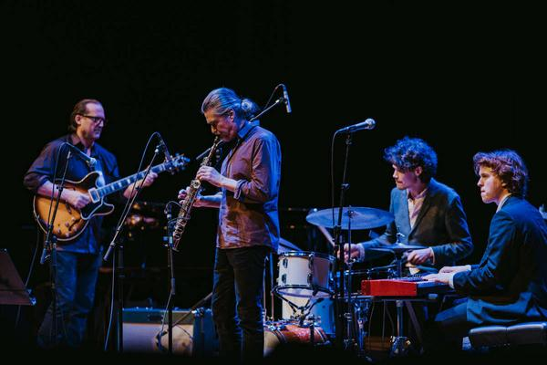 New Blues Transfusion spelar på Jazzens Vänners boogie- och bluesfestival på Konserthuset i Västerås.