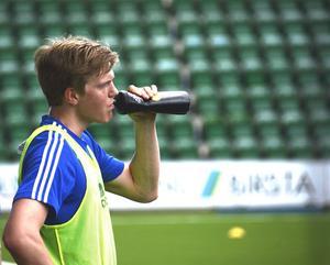 Joakim Nilsson stannar i GIF Sundsvall.
