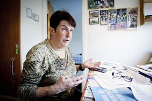 Ana Maria Zorilla i Falun har bollats fram och tillbaka i sjukvården i tio år utan att få den hjälp hon tycker hon borde få.