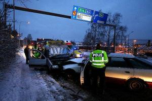 Polisen låg strax efter Forden innan olyckan.