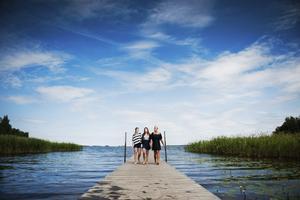 Natalie Wedlund, Ella Collin och Elin Johansson från Eskilstuna besöker Hampeveckan.