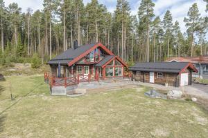13. Bänkåsviken 215, villa, Alnö, 12582 visningar.