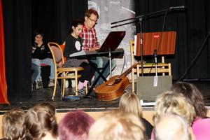 Sham Sayed har även tagit pianolektioner.