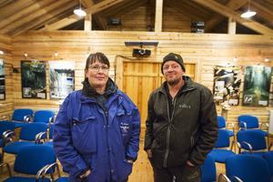 Roger Persson, ordförande i Loos filmklubb, och Ylva Berglund, tekniker, tycker att projektet varit lyckat och hoppas på ytterligare utveckling.