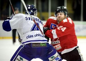 Aktuell för VIK. Conny Strömberg (till höger) bekräftar att VIK visar intresse för honom. Nu är det mycket upp till honom själv om han som före detta Örebrospelare tar klivet över till ärkerivalerna i Västerås.Foto: NA/Arkiv