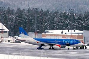 Miljökonsekvensbeskrivningen, som ligger till grund för verksamheten och tillståndsansökan på Frösö flygplats, kritiseras i Naturvårdsverkets överklagan.