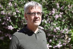 Göran Sundquist, pastor i Orsa missionsförsamling, berättar att de nu tar emot gamla sedlar för att kunna skicka pengar till Mindouli.