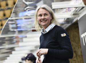 Riikka Sallinen, fortsätter som assisterande tränare för HV-damerna.