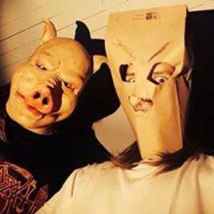 – Vi har nått vår mål, säger Peter, sångare i Maggot Infested Ventriculus, om att  grannar uppfattade nya låten som misshandel. Foto: Privat