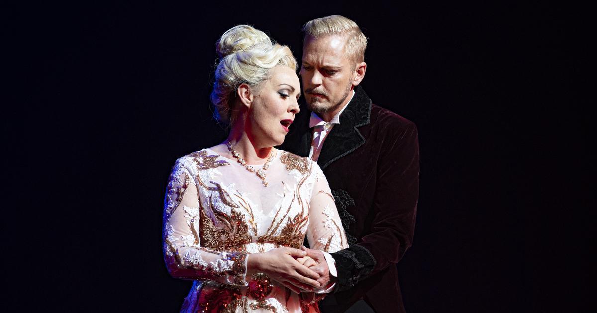 """Tredje gången gillt för Nöjesteaterns glada änka: """"Korkade upp champagnen"""""""