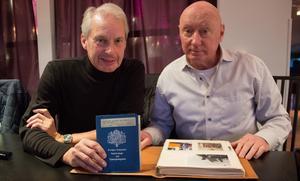 – Den 11 november i år var det exakt 50 år sedan vi ackorderas in på Lv 3 i Norrtälje, berättar lumparkompisarna Tomas Nilson och Lennart Nordqvist.