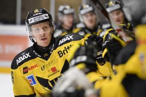 Jonas Liwing lämnar VIK Hockey.