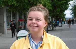 Emma Björk, 20 år, student, Allsta:
