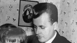 Bilden som Pasi Hiirikoski hittade på sin far.