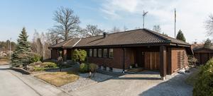 Villan på Framnäs såldes innan visning. Utropspriset var 5950000 kronor. Foto: Bjurfors