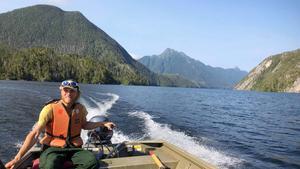 Sedan i mitten av maj bor Petter Rönneland i Sitka i Alaska. Där gör han praktik på US Forest Service, den amerikanska motsvarigheten till Skogsstyrelsen. Foto: Privat