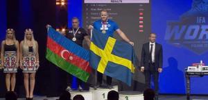 Erik Fahlgren från Örnsköldsvik vann dubbla VM-guld i armbrytning.
