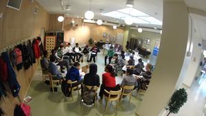 Workshop på Pettersbergsskolan under projektet RYMD. Foto: Karen Froede