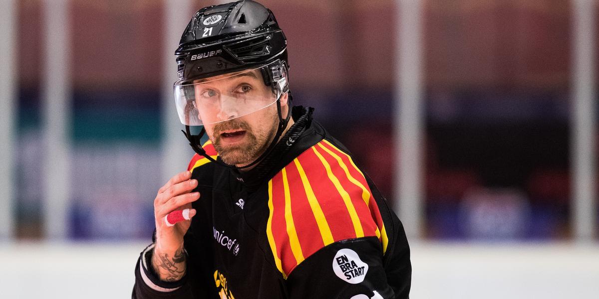 Patrik Berglund begärd häktad – har tagits ur tjänst av Brynäs