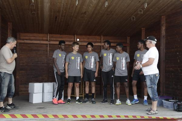 SIK Fotboll: Adil, Mohamed, Prabin Arnal, Farhan, William Grip och Ayub.