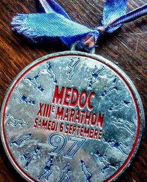 Medalj från loppet bland vingårdarna i Pauillac. Foto: privat