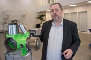 Stefan Mastonstråle står för patenten bakom stirlingmotorn som utvecklats i Gävle. Den är till exempel helt oljefri och torrsmord.