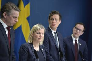 Finansminister Magdalena Andersson (S), Emil Källström ekonomisk-politisk talesperson i Centerpartiet, och Mats Persson ekonomisk-politisk talesperson i Liberalerna.